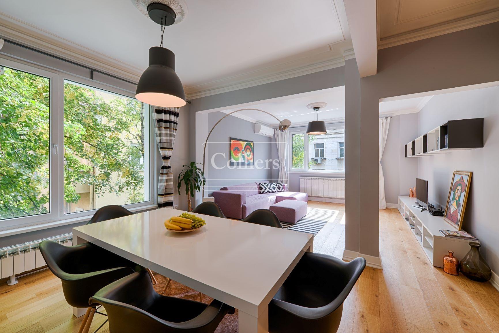 Bright 2-bedroom apartment at superb location